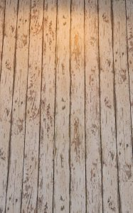The rustic wood effect.